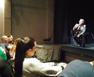 θέατρο1